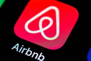Airbnb second-quarter revenue topped $1 billion