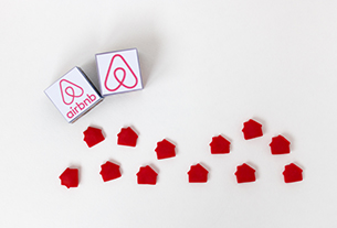 Females account for 62% among Airbnb's Chinese landlords
