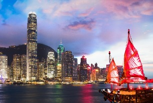 Chinese tour groups to Hong Kong plunge 86% for Golden Week