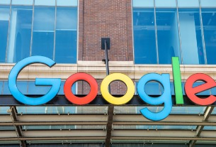 Google eliminates fees for hotel booking links