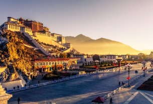 China's Tibet to build three new airports